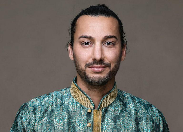 Brave Speakers Keynote Speaker Tobias Raja Fischer